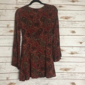 Forever 21 Dresses - Super cute paisley dress with bell sleeves